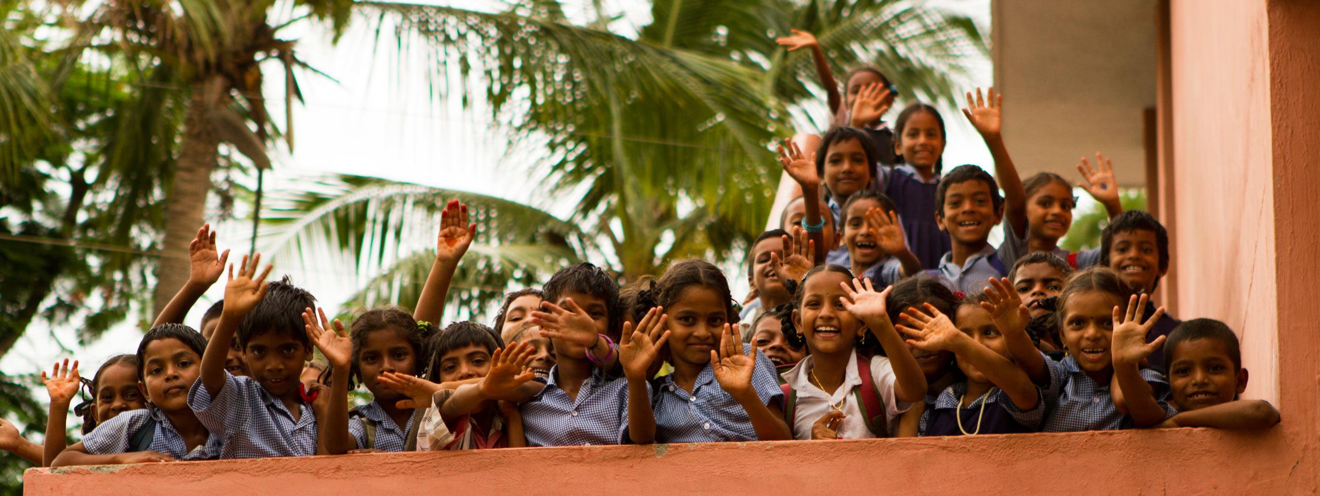 Indian-Kids-Waving